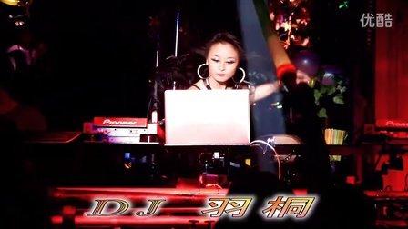 热舞派对酒吧美女DJ雨桐