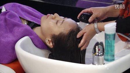 发海女性头皮护理演示