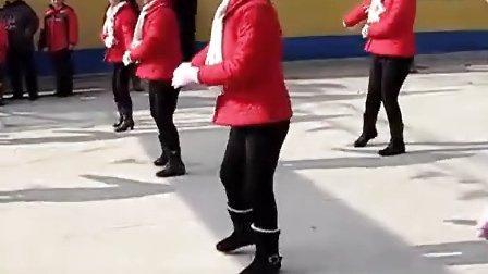 段河二村喜迎龙年广场舞 《老鹰抓小鸡》