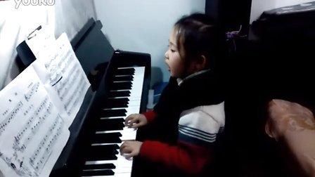 钢琴练习 - 《轻轻的划》