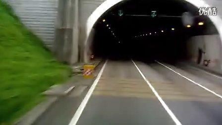 沈海高速隧道里惊险的一幕