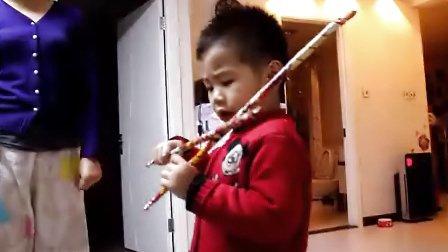 3岁的天才小朋友小提琴演奏莫扎特小夜曲