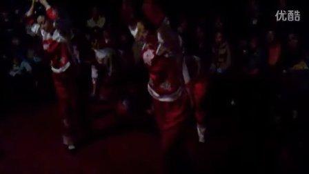 巴东野三关邀应平撒叶荷民间艺术团舞蹈表演
