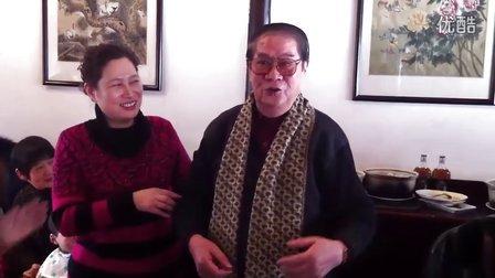2012龙年聚首,老太公82岁表演弹词开篇。