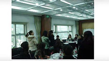 李绘芳:商务形象礼仪培训讲师