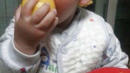 吃柠檬不怕柠檬酸,13月口味奇重的娃