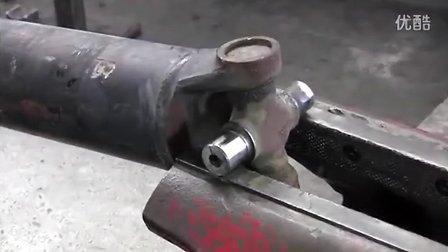 Jeep cherokee 如何正确拆装传动轴十字节