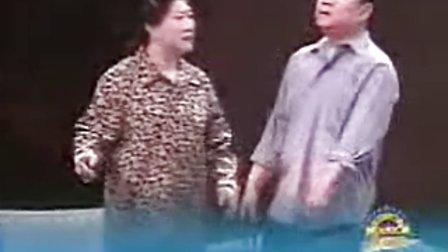 赵本山小品大全原版《有钱了》赵本山 范伟 高秀敏.