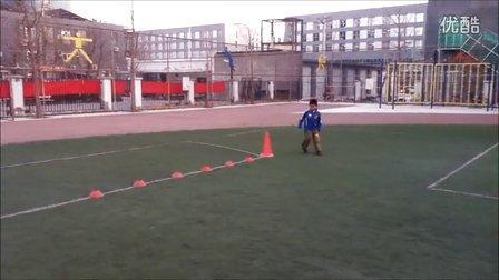 国奥越野足球俱乐部青少年足球教学视频-U7身体协调灵敏训练
