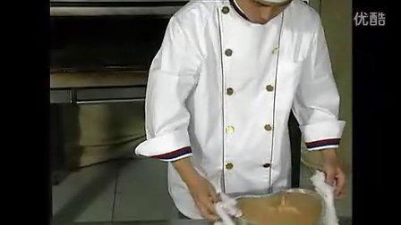 厦门烘焙培训_香蕉蛋糕的制作方法_香蕉蛋糕的做法