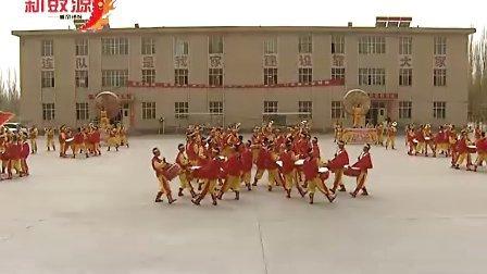 威风锣鼓:新疆某部队120人威风锣鼓精彩视频!