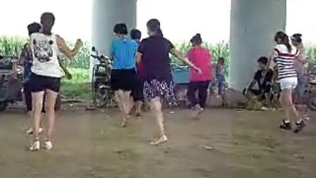 唐县勺提广场舞3