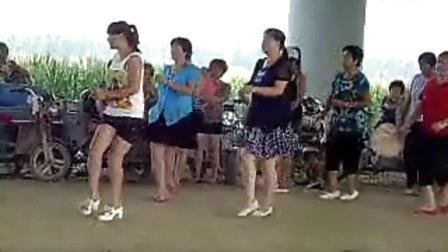 唐县勺提广场舞4