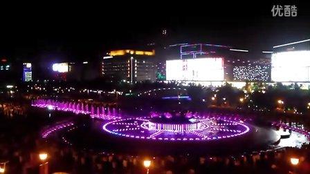 济南泉城广场音乐喷泉夜景