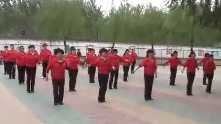 广场舞《双枪老太婆》