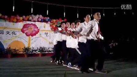 云南省怒江傈僳族自治州州民族中学青春超级无敌极限终极雷人舞