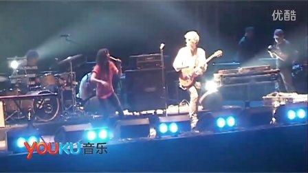 【优酷音乐独家现场】草莓音乐节-Blonde Redhead(US)-现场07