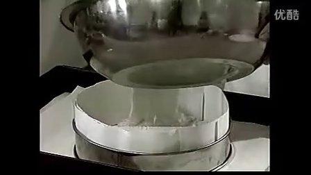 烘焙彩虹蛋糕做法_脆皮蛋糕的配方_脆皮蛋糕的制作方法