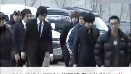 花样男子》女演员上吊自杀 韩版F4吊唁.flv