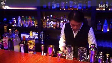 制作新加坡司令鸡尾酒【广东珠海明珠调酒咖啡培训学校】