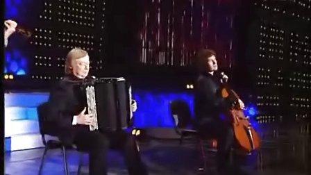 """俄罗斯手风琴大师里普斯与皮亚佐拉工作室五人演奏波德盖茨""""洛丽塔鸡尾酒"""""""