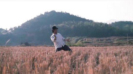 中国达人秀总冠军 卓君 银幕处女作金鸡微电影《田埂上的梦》
