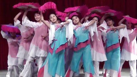 鄂东女子学校2014元旦晚会
