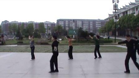 麻阳福寿广场  学跳 形体舞《梁祝》