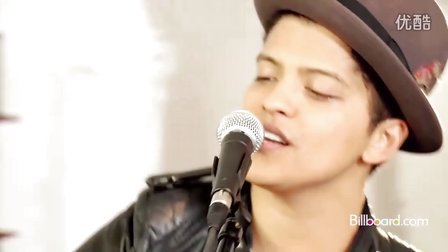 Bruno Mars - The Lazy Song Studio Session LIVE!!!