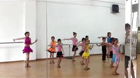 东莞翩翩舞蹈培训中心 拉丁舞伦巴 南城宏远少儿舞蹈培训 东莞少儿拉丁舞培训