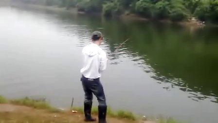 郁闷了,大鲶鱼跑了