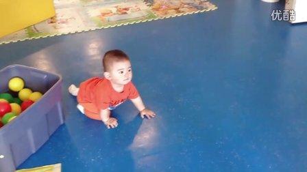 【13个月大】7-7妈妈带哈哈去双语游乐场玩沙子IMG_0254