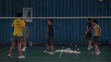 鹤山方圆非凡羽毛球培训班-羽毛球技术挥拍练习
