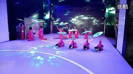 报告老板3:好太太网《童心梦想秀》走进天津国家动漫园。