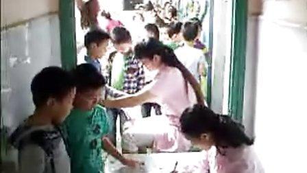青山湖妇幼保健所下乡镇免费为儿童体检