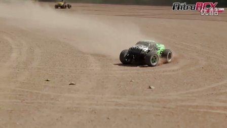 大脚车沙地混战,40秒有精彩镜头!
