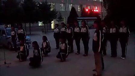 2011-05-26舞蹈训练《绣红旗》2(珍珠林文学社)爱意文学 (www.ietxt.com)