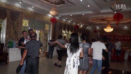 塔城市一中(93届高三、1班)2012年同学聚会