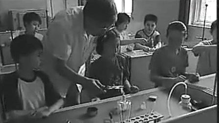 初中班会优酷网-中小学生安全教育警示录系列片校园篇严守规则