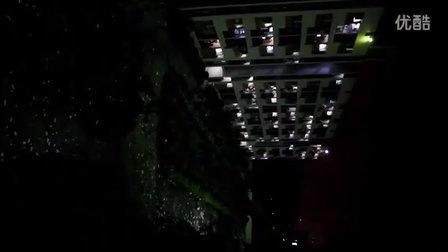 广州现代信息工程职业技术学院 2012.6.25晚学生抗议强制搬宿舍