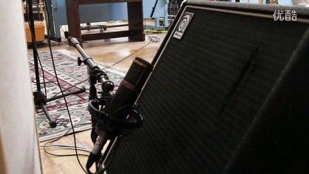 山人乐队在美国TELEFUNKEN 话筒工厂里面录的《左脚调》