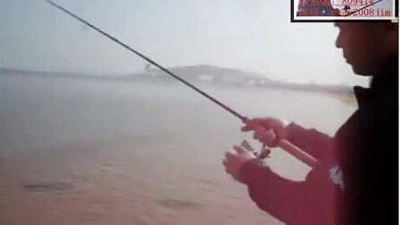 纺车轮的抛投海钓竿的抛投 路亚教程-08渔具商城