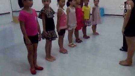 河池365网-少儿拉丁舞体验课