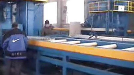 铝型材抛丸机工作视频 铝型管材板材表面清理喷砂方法-江苏双特机械有限公司