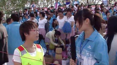 黑龙江外国语学院第二届田径运动会——采访花絮6