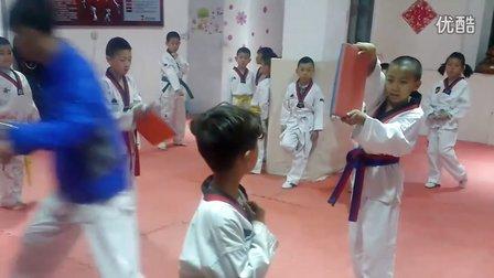5月8日洪韬壹与师兄弟们的『汇演』练习四