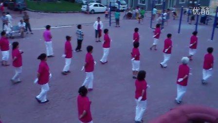 哈尔滨东山聚宝-姑娘大声唱-广场舞