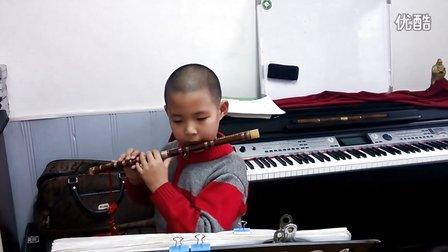 郁笛民族器乐培训中心的王永鹏竹笛独奏《每当我走过老师的窗前》