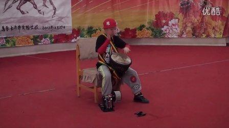 阙宇琦实验学校元旦文艺演出非洲鼓表演