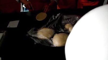 1.18初级西式面点师:豆沙面包 制作方法